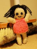 Gestrickte Puppe